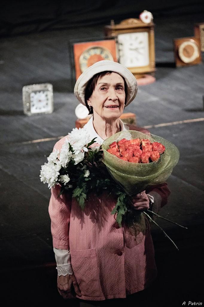 А. Елесина (спектакль «Папа»): фотография