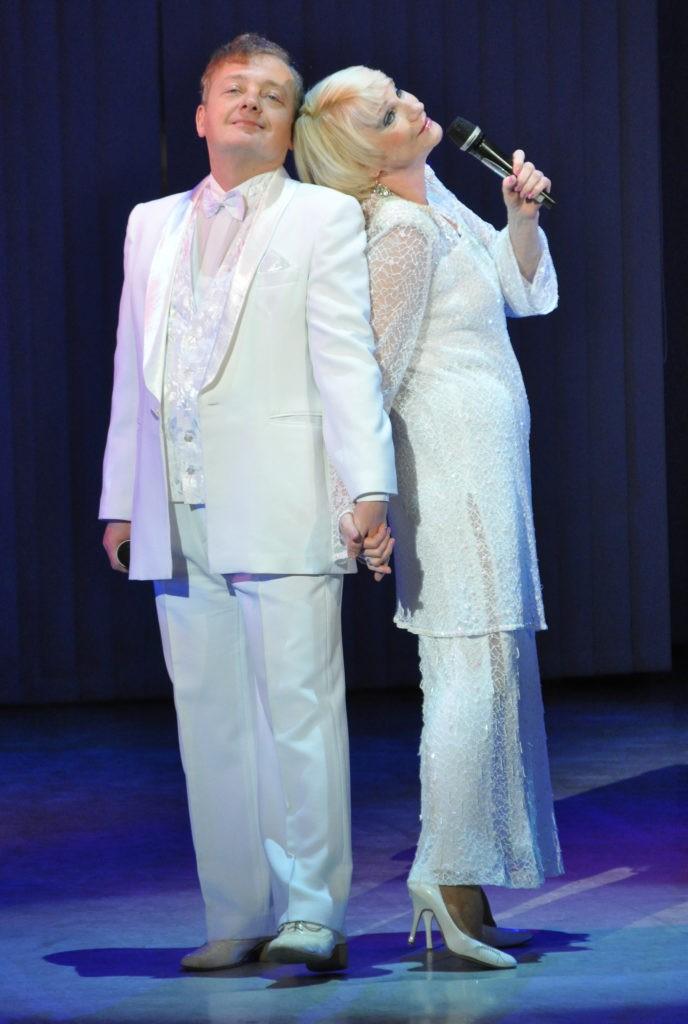 О. Павлова, К. Голубятников (спектакль «Брак по-американски»): фотография