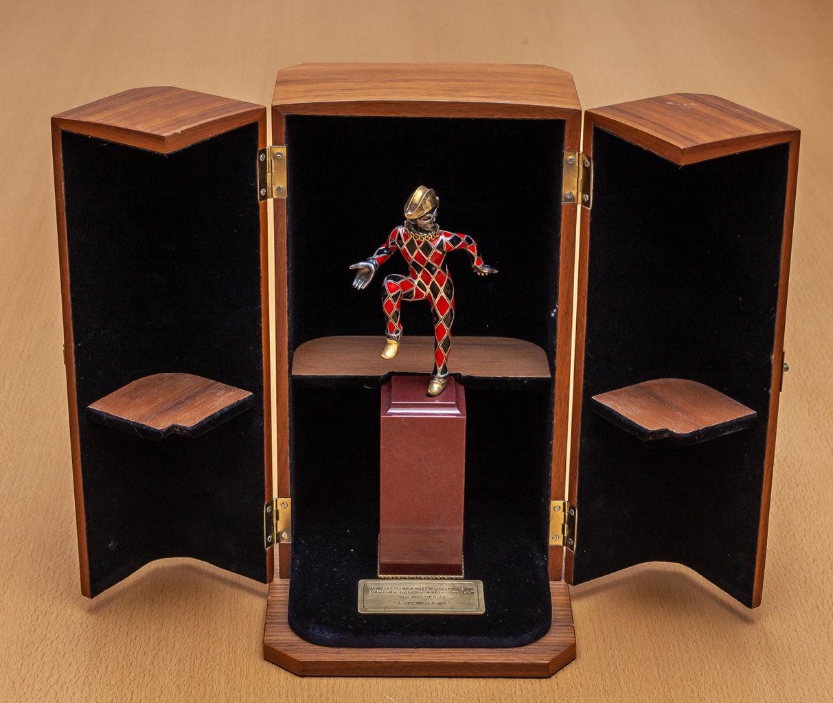 Лауреат Российской Национальной премии в области театрального искусства для детей «Арлекин» 2013 года. «За лучший спектакль»: памятный знак «Арлекин»