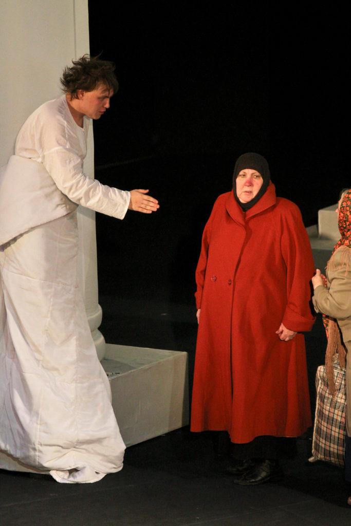 С. Царёва (спектакль «Ревизор»): фотография