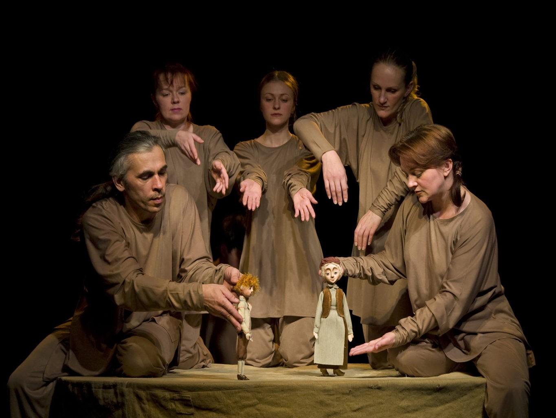 Сцена из спектакля «Пер Гюнт»: фотография