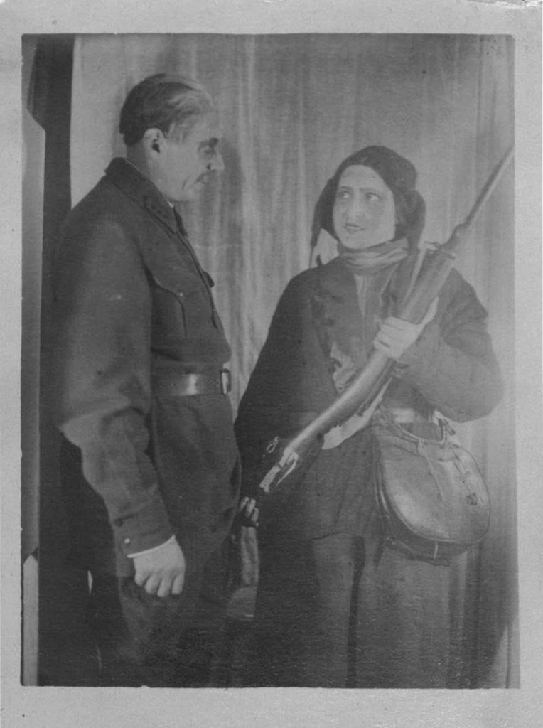 П. Князев (сцена из спектакля «Далекое». 1935-1936 гг., Таганрог): фотография