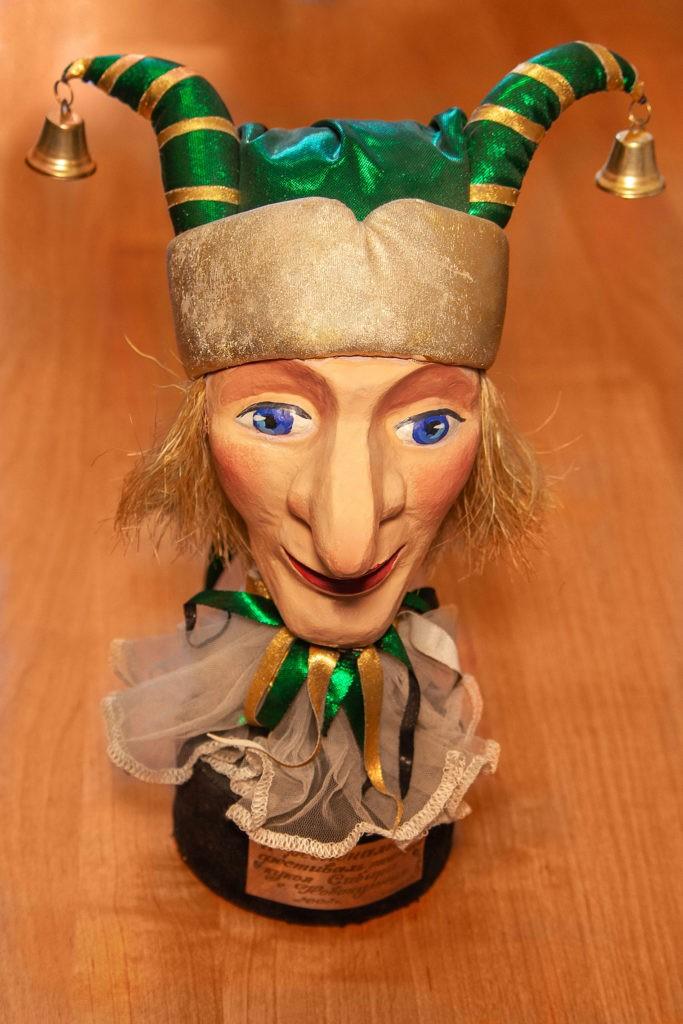 Памятный знак участника II регионального фестиваля театров кукол Сибири, г. Новокузнецк, 2002 г.